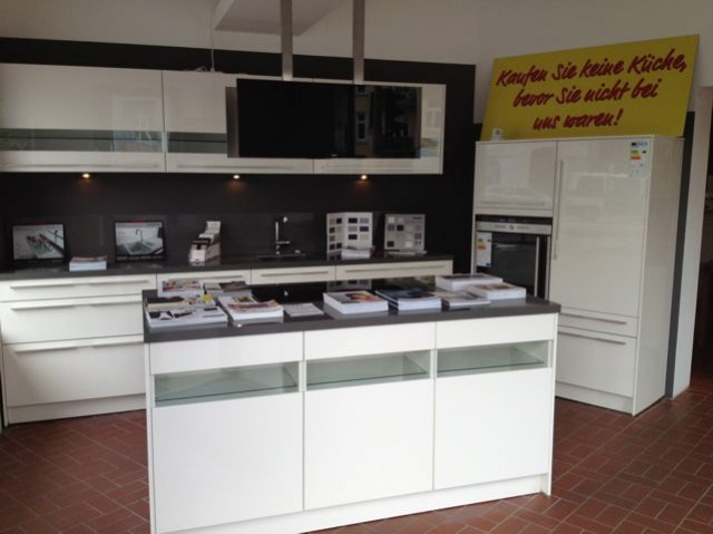 Küchen von Nolte Schüller Nobilia mit Küchenplanung ...